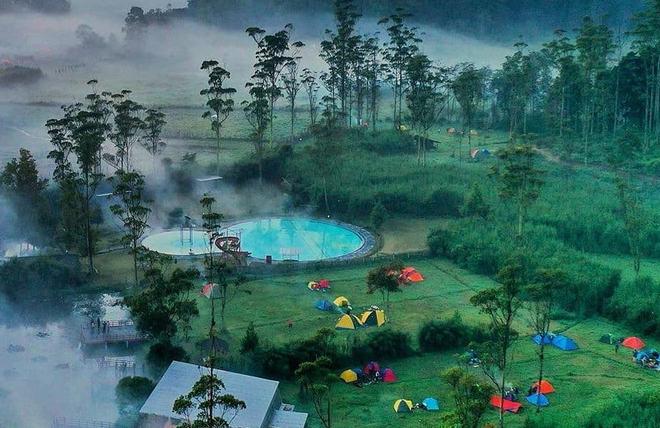 tempat-camping-di-bandung-ranca-upas